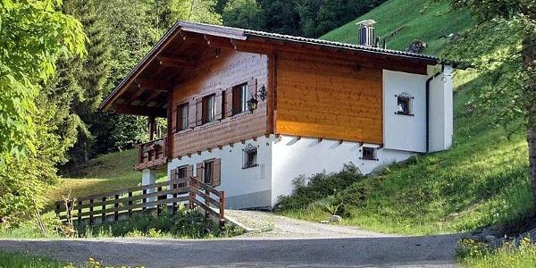2_Ferienhaus_Alpenstern _Sommeransicht_800x530