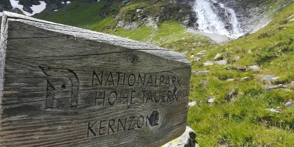 Ankogel-Hochalmgruppe: Feierliches Betreten der ersten Kernzone des Nationalparks - am Weg zur Großelendscharte