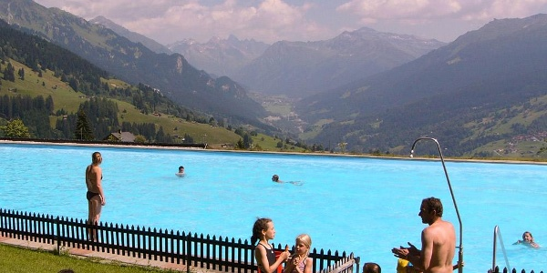 Freibad in Pany