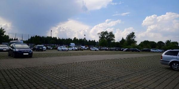 Parkplatz Sportplatz