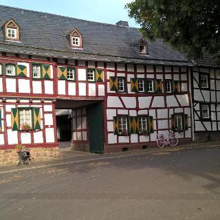 Fachwerkhaus in Hostel, Teil des Frankenrings