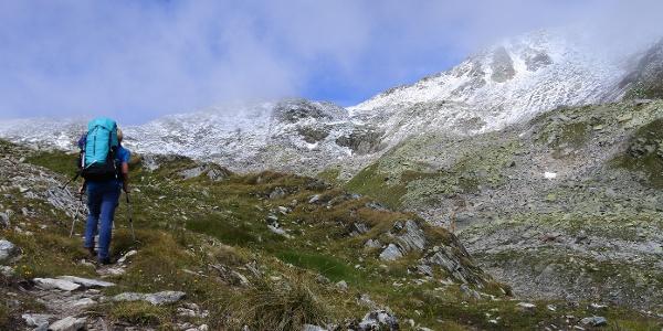 Im Gotthardgebiet können sich Schnee und Sommersonne begegnen.