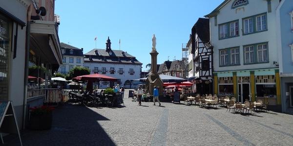 Marktplatz in Linz am Rhein