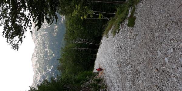 Schotterpisten im Skigebiet