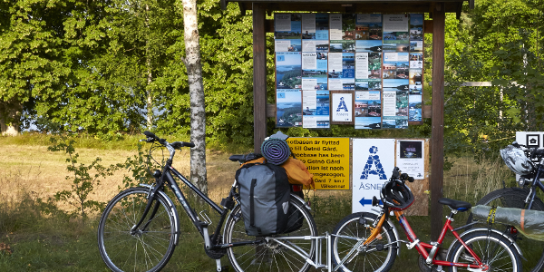 Make stops along the way - here in Ålshult.