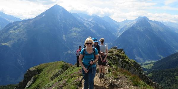 Der Bristen als ständiger Begleiter auf dem Alpenkranz