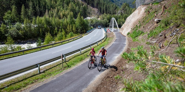 Ötztal Radweg zwischen Umhausen und Längenfeld