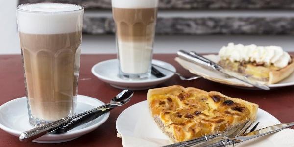 Kaffee und Kuchen (Foto Th.Wünsche)