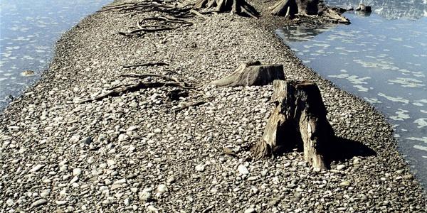 Die historische Trasse der Via Claudia im Forggensee bei abgelassenem Stauwasser