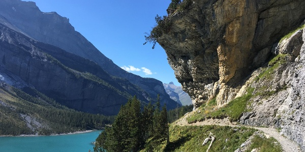 The path to Oeschinensee