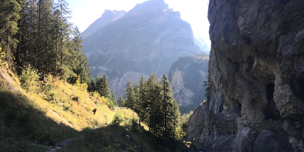 The path next to the gorge ascending to Allmenalp