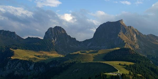 Aussicht vom Gantrisch Panoramaweg.