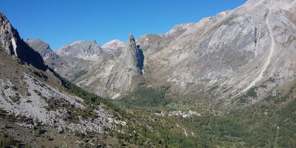 Il paese Chiappera in val Maira, Piemonte