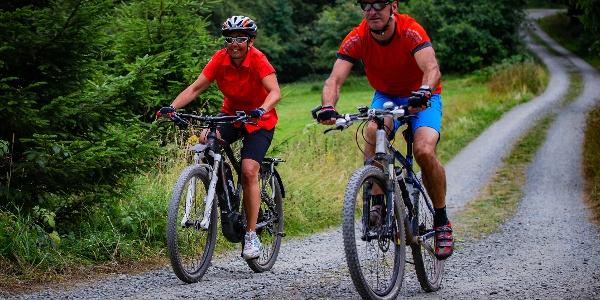 Biken auf der Familienrunde im Trailpark Winterberg