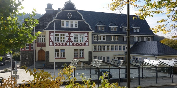 Blick auf das alte Rathaus Netphen