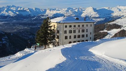 Planets Trail to the historical Hôtel Weisshorn