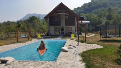 Exo Log Cottage