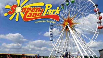 Riesenrad im Sonnenlandpark mit Logo