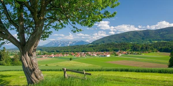 Blick nach Oberteisendorf