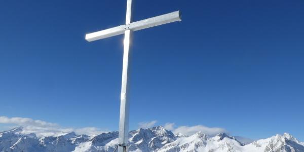 Croce sommitale sul Monte Serodoli, sopra Madonna di Campiglio