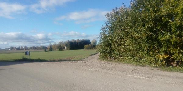Avtagsvägen, lilla grusvägen, efter Väster Ekeby