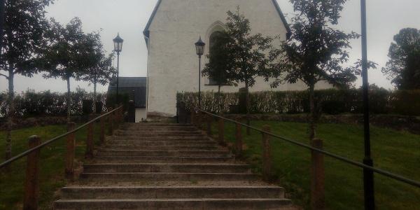 Tolfta kyrka
