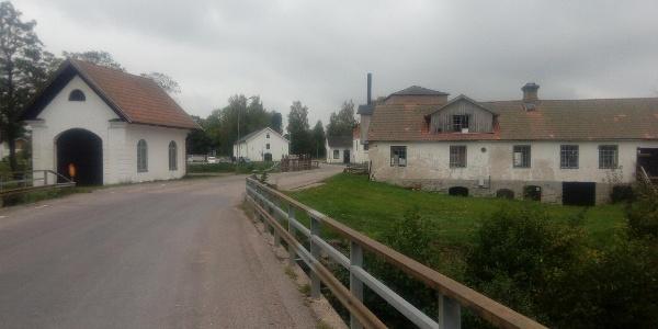 Strömsberg, bron över Tämnarån