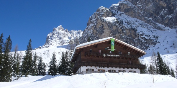 Die Dreischusterhütte