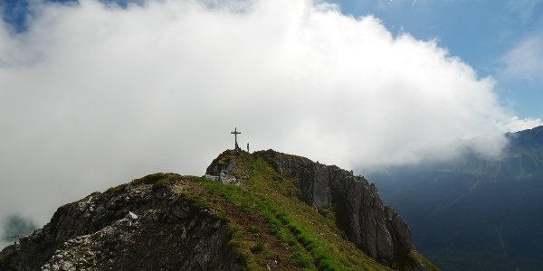 Gipfelkreuz am Grubigstein