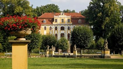 Schloss und Schlosspark Neschwitz