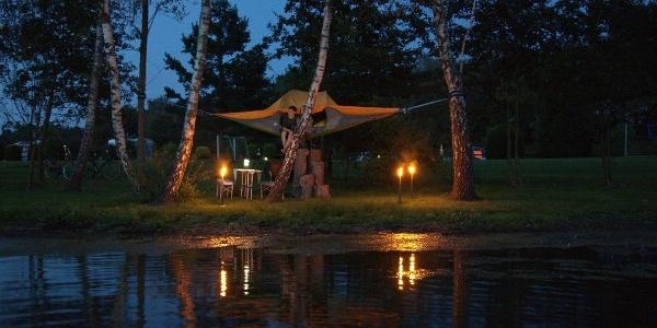 Schwebende Zelte im Ferien- und Erholungsgebiet Dingdener Heide