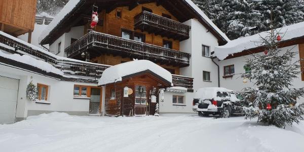 Winterbild Haus 2