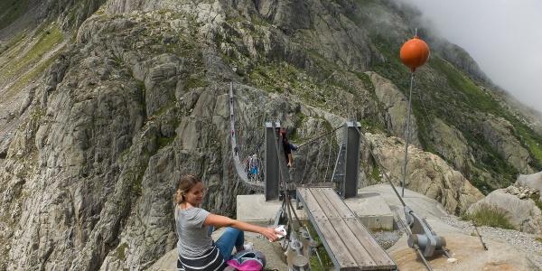 Die Hängebrücke am Aufstieg zur Trifthütte