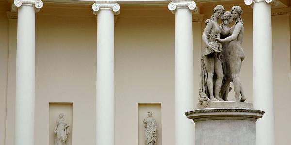 Chrám Tří Grácií - detail sousoší