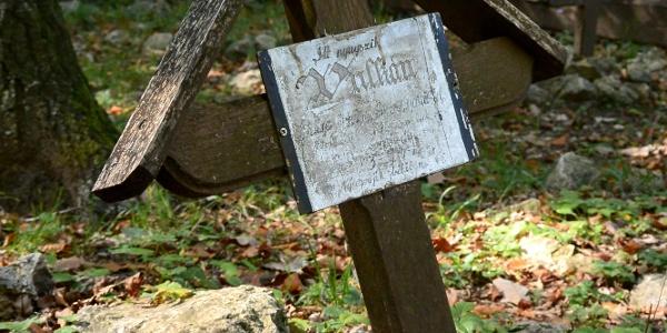 A legkorábbi sír Vulkán őrnagyé a katonai kutyatemetőben