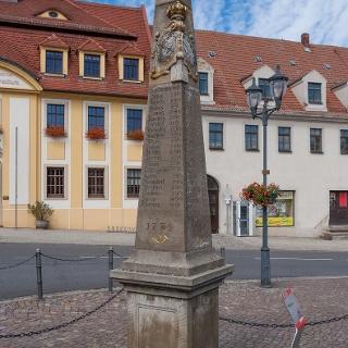 Postmeilensäule auf dem Markplatz