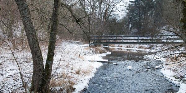 Brücke über den Ahbach, …