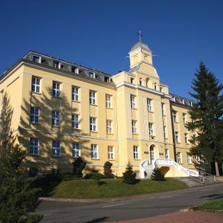 A Szent Imre Lelkigyakorlatos ház és Verbita Központ