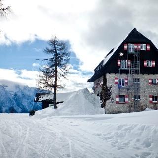 Linzer-Tauplitzhaus im Winter