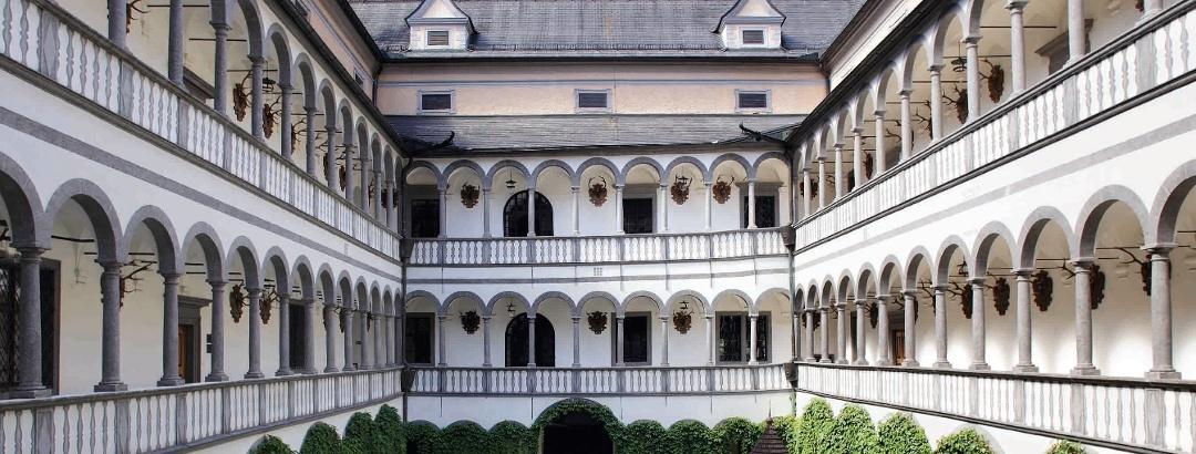 Schloss Greinburg - Arkadenhof