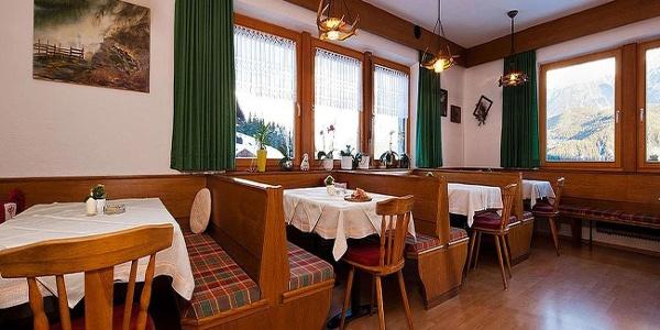 Alpengasthof Köfels Speisesaal