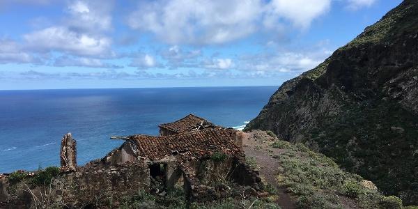 The ruins of Casas Blanco.