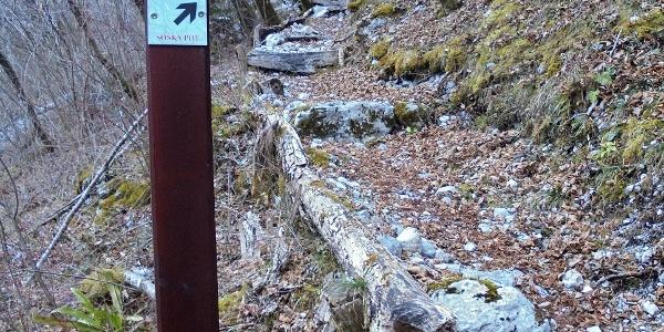 Le indicazioni per il Sentiero dell''Isonzo
