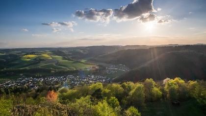 Ausblick vom Roßbacher Häubchen ins Wiedtal