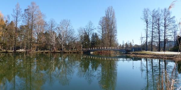 Csónakázó-tó, Szombathely - A sziget és az új híd