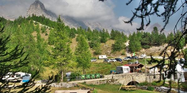 Campingplatz unterhalb der Mairaquelle