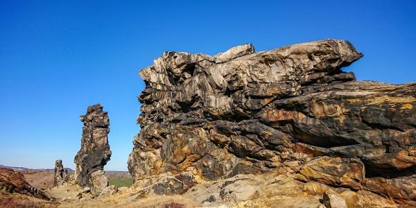 Schroffe Felsen an der Wedderslebener Teufelsmauer