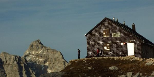 Zasavska koča na Prehodavcih Mountain hut and Mt. Razor in the background