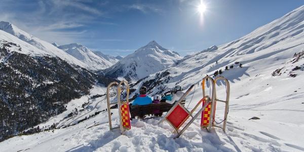 Herrlicher Blick auf das Bergsteigerdorf Vent und die Talleitspitze