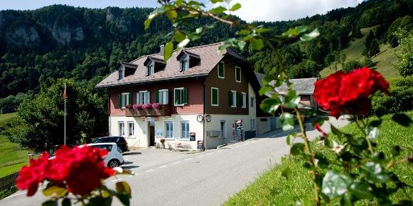 Restaurant-Pension Mittlerer Balmberg.